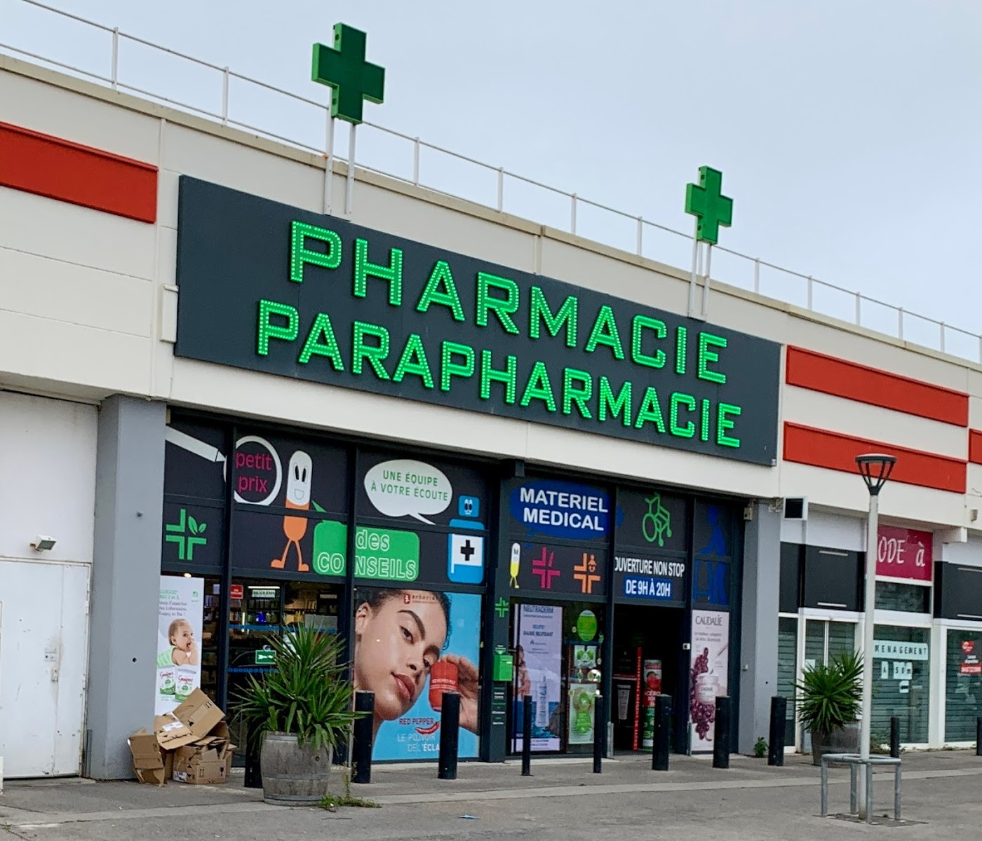 Pharmacie Centre Commercial Auchan